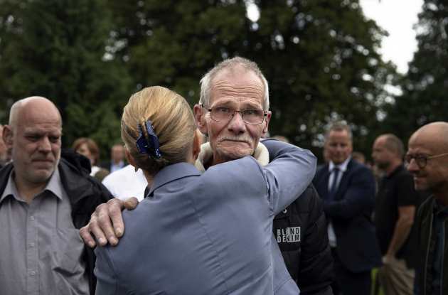 Press photo of the year 2019: Prime Minister Mette Frediksen embraces a representative of the Godhavn boys