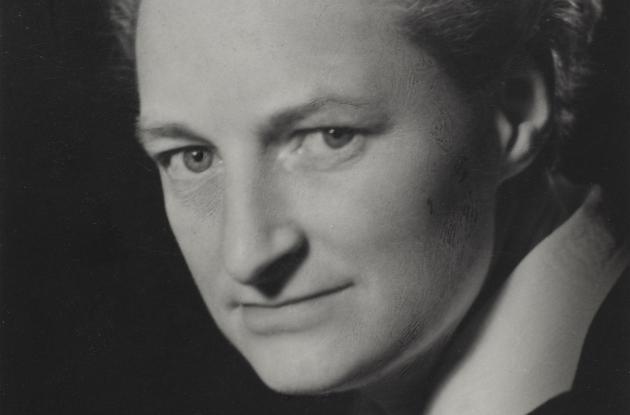 Doris Pollas photographed by Rie Nissen