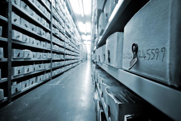 Shelves with archive fluids