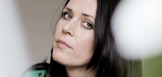 Portræt af farfatteren Mette Moestrup